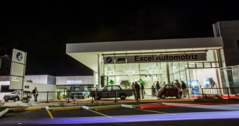 BMW celebra su centenario con la apertura de su nueva agencia en Guatemala